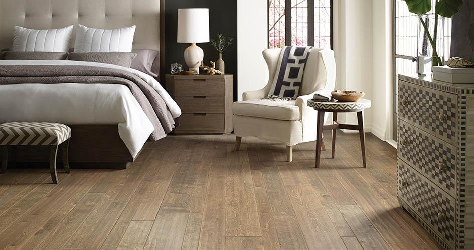 Hardwood roomscene